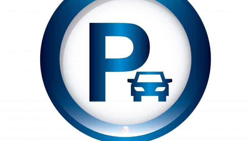Къде да паркирам в центъра на Варна?